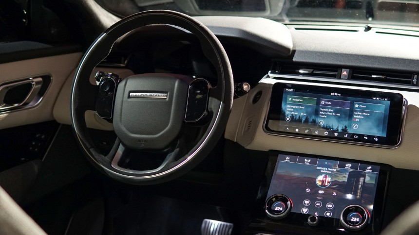DVD GPS DVB T BLUETOOTH S100 CITROEN C5 REFTR1490 moreover Avicf980dab further New Range Rover Velar furthermore 2014 volvo xc70 as well Skoda Octavia Radio Dvd Head Unit With Gps Digital Tv P 917. on touch screen car radio in